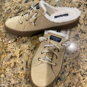 Brand NEW Sperry Suede Mule Sneaker